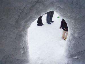 雪かまくら