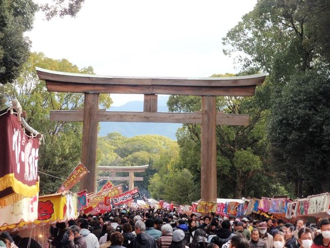鳥居・橿原神宮 初詣 (19)